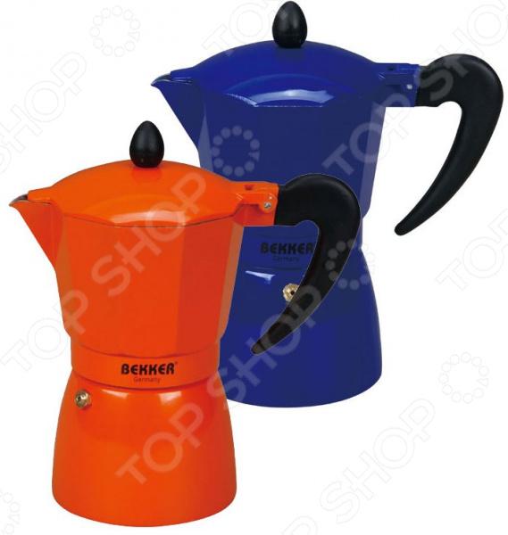 Кофеварка Bekker BK-9353. В ассортиментеКофеварки. Кофемолки. Турки<br>Товар продается в ассортименте. Цвет изделия при комплектации заказа зависит от наличия товарного ассортимента на складе. Кофеварка Bekker BK-9353 высококачественное и практичное изделие, которое станет вашим верным помощником при приготовлении ароматного напитка. Кофеварка изготовлена из прочного полированного алюминия, этот материал долговечен и надежен, препятствует появлению коррозии и легко очищается. При этом он достаточно легок и изящен. Кофеварка имеет пластиковую рукоять с покрытием, предотвращающим скольжение, и предохранительный клапан давления. Она очень проста в использовании, подходит для всех типов плит, кроме индукционных. Вам остается лишь экспериментировать со смешением разных сортов кофе, чтобы добиться идеального вкуса и запаха. А кофеварка сделает всю сложную работу быстро и качественно, дав вам возможность насладиться ароматным напитком и получить заряд бодрости на весь день. Толщина стенок кофеварки 1,6 мм.<br>