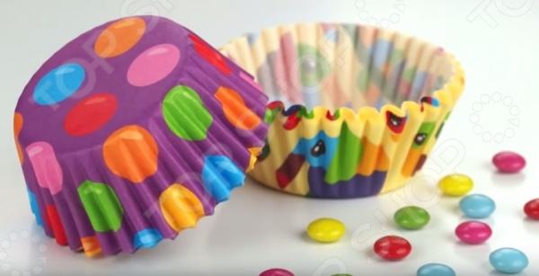 Набор форм для выпечки кексов Детские мотивы Tescoma Delicia стильное и красивое украшение вашей домашней выпечки. Бумажные корзинки из термостойкого пергаменты с гофрированными краями превратят ваши мафинны, кексы, капкейки или печенья в маленькие съедобные шедевры. Для этого вам не нужно ничего изобретать, достаточно выложить корзинки в форму для выпекания и залить в них тесто. Теперь выпечка будут выглядеть более аккуратной и привлекательной. Оригинальный и интересный дизайн украсит любой праздник.