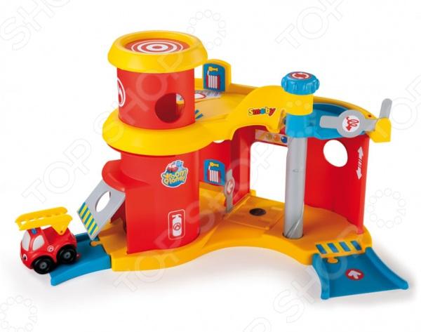 Игровой набор для мальчика Smoby «Пожарная станция»Сюжетно-ролевые наборы<br>Игровой набор для мальчика Smoby Пожарная станция понравится любому мальчику. Малыш сможет почувствовать себя настоящим владельцем небольшой пожарной станции. Пожарную машинку можно будет направить на вызов, после выполненной работы можно будет убрать ее в игрушечный гараж, спускать и поднимать машинку с помощью специального лифта.<br>