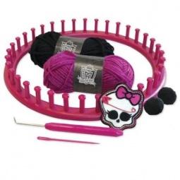 Купить Набор для вязания шапочки Mattel «Школа монстров»