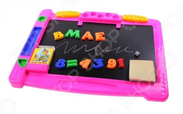 Набор обучающий на магнитах Эра Магнитишка Т8 это отличная возможность в игровой форме обучить ребенка алфавиту, чтению и простому арифметическому счету. В комплект входит учебная доска, цветные мелки, губка, буквы с магнитными вкладышами и магнитно-цифровой набор с рельефно-точечным шрифтом Брайля. Предназначено для детей в возрасте от 3-х до 10-ти лет.