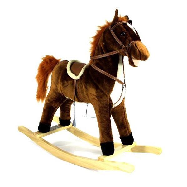 Лошадка-качалка Shantou Gepai 61054Каталки и качалки<br>Лошадка-качалка Shantou Gepai 61054 будет не только развлекать малыша, но так же и развивать его вестибулярный аппарат и различные группы мышц, а так же будет формироваться правильная осанка. Эта милая лошадка умет издавать во время движения характерные звуки, открывать рот, а так же махать хвостом. Качалка предназначена для детей в возрасте от 1 года до 3-х лет. Полозья имеют специальную форму, которая защищает качалку от случайного переворачивания. Качалка изготовлена из экологически чистых и высококачественных материалов.<br>