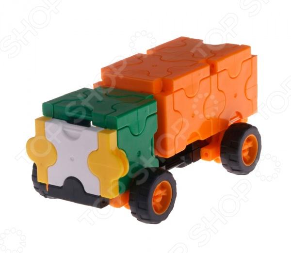 Конструктор-игрушка для ребенка AVToys «Автомобиль: Мастер»Игровые конструкторы<br>Конструктор-игрушка для ребенка AVToys Автомобиль: Мастер станет чудесным подарком для вашего любимого чада. Правильно собрав все детали, малыш получит новую игрушку в виде грузовика. Подобные игры очень увлекательны и занимательны для ребенка, способствуют развитию мелкой моторики рук, воображения и трехмерного мышления. Детали конструктора выполнены из высококачественного пластика, легко соединяются между собой. Рекомендовано для детей в возрасте от 6-ти до 10-ти лет.<br>