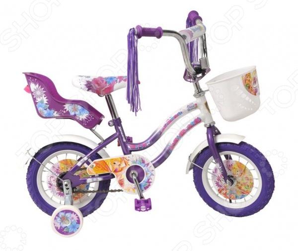 Велосипед детский Navigator ВН12075КК WINX - создан специально для детей в возрасте от 2 до 5 лет. Надежную и прочную модель по-достоинству оценят как взрослые так и дети. Родителям непременно понравится качество модели. Рама велосипеда выполнена из высокопрочного металла, что значительно продлевает срок его службы. Высота руля и сиденья легко регулируется в соответствии с возрастом и ростом ребенка. Колеса, прошедшие компьютерную балансировку, оснащены бутиловыми шинами, которые хорошо удерживают воздух. В свою очередь вашей малышке непременно понравится яркий и красочный дизайн велосипеда, украшенный мишурой и изображениями любимых мультяшных героев. Научиться ездить на таком велосипеде не составит особого труда, ведь модель имеет дополнительные колеса для поддержки равновесия.