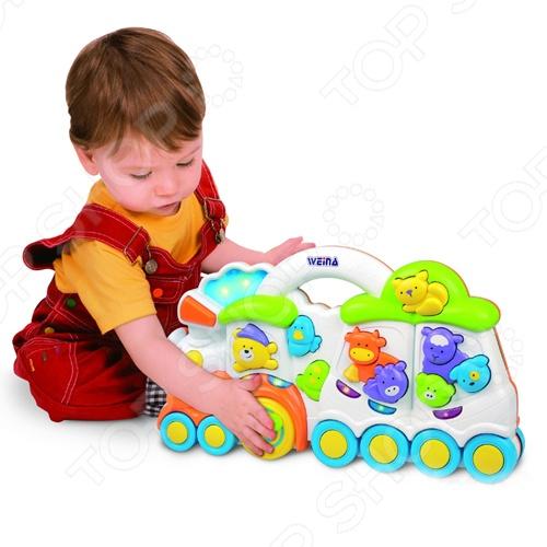 Детский игровой центр Weina «Паровозик. Медвежонок и его друзья»Другие развивающие игрушки и игры<br>Детский игровой центр Weina Паровозик. Медвежонок и его друзья это оригинальная игрушка для самых маленьких. Малышам обязательно понравится проводить свое время, развлекаясь с игровым центром. Ведь в процессе игры можно узнать столько нового и столькому научиться! Игровой центр сделан из пластмассы и абсолютно безопасен для ребенка. На поезде можно нажимать разные кнопки и услышать звуки колокола или поезда.<br>