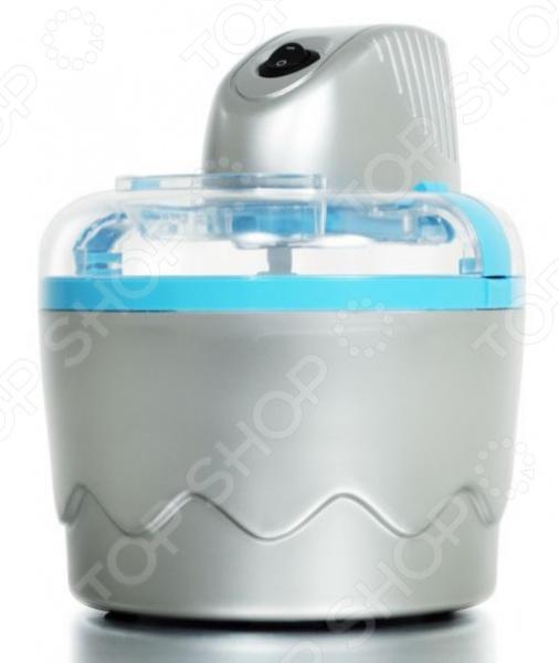 Мороженица Tristar YM-2603Мороженицы<br>Мороженица Tristar YM-2603 это компактный аппарат, который поможет вам приготовить жарким летом мороженое для всей семьи всего за 20 минут. Вы сможете приготовить не только мороженое, но и щербет и замороженный йогурт. Только представьте, теперь вы сможете готовить прохладные лакомства у себя дома и спасаться с их помощью от летнего зноя. Детали мороженицы легко снимаются и их удобно мыть.   Приготовить мороженое это очень просто:  Чашу с хладагентом поместите в морозильную камеру за 6-8 часов до момента приготовления мороженого её можно постоянно хранить в морозильной камере, так вы будете уверены, что в любой момент можете приготовить вкусный десерт . Она должна охлаждаться и, в дальнейшем, использоваться строго в вертикальном положении.  Выберите рецепт мороженого и поместите готовую смесь в чашу. Далее за вас всё сделают лопасти, а уже через несколько минут вы сможете наслаждаться охлажденным и натуральным мороженым! Не следует заполнять чашу более чем на половину объема, ведь мороженое по мере готовности увеличивается в объеме.  Можно отметить следующие преимущества этой полуавтоматической модели мороженицы:  Компактность.  Простота обслуживания.  Возможность использовать любые рецепты!<br>