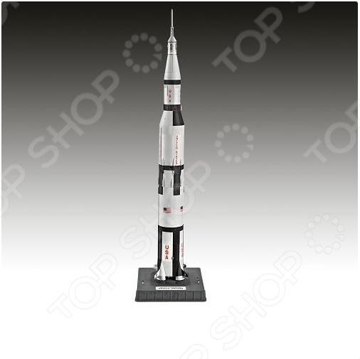 Сборная модель ракеты-носителя Revell Saturn VКосмолеты<br>Сборная модель ракеты-носителя Revell Saturn V - набор сборной модели американской ракеты Сатурн-5. Реалистичная модель ракеты была разработана в 60-х годах и активно использовалась в лунной программе НАСА. Модель состоит из множества мелких деталей, которые скрепляются с помощью клея. Клей необходимо приобрести отдельно. С таким набором можно будет воспроизвести реалистичную модель ракеты Сатурн-5 в уменьшенном формате. При сборке модели отлично тренируется память, ассоциативность и логическое мышление. Идеальный подарок для любителей головоломок.<br>