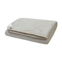 фото Одеяло из козьего пуха стеганое Домашний уют