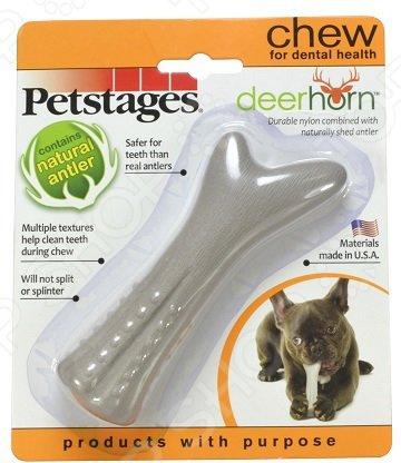Игрушка для собак Petstages Deerhorn с оленьими рогамиИгрушки для собак<br>Игрушка для собак Petstages Deerhorn с оленьими рогами это игрушка из синтетических материалов с ароматом оленьих рогов, очень прочная и легкая, а значит подойдет для разных собак. Игрушку можно использовать в качестве апортировочных предметов, чтобы не опасаться повредить что-либо при броске. Собаки любят трепать и грызть мягкую игрушку, ведь ее удобно носить в зубах. Игрушки такого типа подойдут даже для тех собак, которые не очень любят играть в перетягивания, но любят носить с собой какой-то предмет. Эта игрушка станет одной из самых любимых у вашего четвероногого друга.  Она провоцирует вашего питомца на активные игры, которые являются не только хорошей физической нагрузкой, но и развлечением пока вас нет дома.  Игрушка может разнообразить прогулку, развить природные инстинкты и стать важным элементом дрессировки хорошего поведения. Регулярно играйте со своей собакой и вы увидите, что ответом вам служит безграничная любовь и преданность!<br>