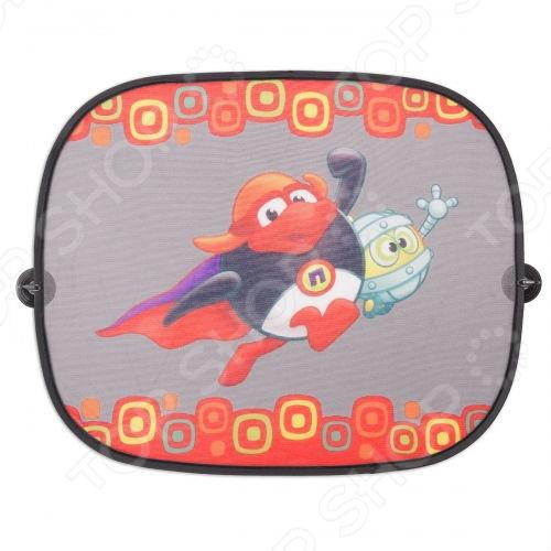 Шторки солнцезащитные на боковые стекла Autoprofi SM WIN-012 надежно защитят вас и ваших маленьких пассажиров от яркого солнца и жары. Оригинальные шторки создадут комфортную обстановку в вашем автомобиле и не позволят креслам и салонной обивке выгореть на свету. С ними ваш ребенок сможет читать, спать или смотреть видео в более комфортной и уютной обстановке. Шторки украшены популярными персонажами мультфильма Смешарики . Изделие надежно крепится на резиновые прищепки с присоской, поэтому для их установки не требуются лишние отверстия. Края шторок сделаны из стальной струны, которая не позволяет им деформироваться. В комплекте 2 шторки, 4 присоски.