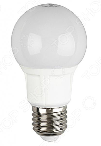 Лампа светодиодная Эра A60 ECOЛампочки<br>Лампа светодиодная Эра A60 ECO одна из самых распространенных ламп общего назначения. Имеет традиционную грушевидную форму. Модель обеспечивает экономию электроэнергии в несколько раз, по сравнению с обычной лампой накаливания. Матовая поверхность колбы имеет рассеивающее свойство. Лампа светодиодная Эра A60 ECO более прочная, чем лампа накаливания и не содержит вредных материалов. Она нечувствительна к перепадам напряжения, повышенной влажности и температуре окружающей среды. Срок службы лампы составляет 30000 часов.<br>
