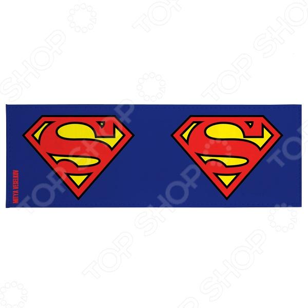 Обложка для студенческого билета Mitya Veselkov Супермен это полезный и стильный аксессуар. С такой обложкой документ не порвется и не запачкается. А еще оригинальный внешний вид и безукоризненное исполнение подчеркнут индивидуальный стиль владельца. Обложка сделана из ПВХ, поэтому она достаточно проста и долговечна. Этот материал не подвержен истиранию и не пропускает влагу.
