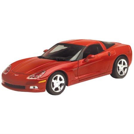 Купить Модель автомобиля 1:24 Motormax Chevrolet Corvette C6 2005. В ассортименте