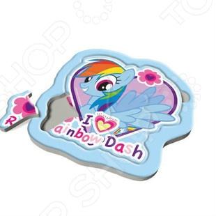 Пазл для малышей Trefl «Радужные пони»Пазлы для малышей<br>Пазл для малышей Trefl Радужные пони понравится любому ребенку. Пазл произведен известным польским брендом Trefl. Он изготовлен из экологически чистых материалов и абсолютно безопасен для здоровья детей и для окружающей среды. Играя с пазлами, ребенок не только весело проведет время, но и будет развивать мелкую моторику рук, будет учиться воспринимать связь между частью и целым.<br>