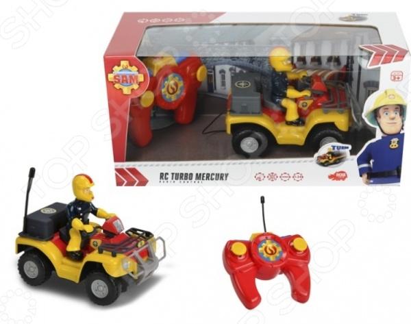Игрушка на радиоуправлении Dickie «Квадроцикл»Машинки, мотоциклы, квадроциклы радиоуправляемые<br>Игрушка на радиоуправлении Dickie Квадроцикл яркая игрушка для развлечений, которая понравится не только ребенку, но даже взрослому. Управление осуществляется с помощью пульта дистанционного управления. Игра с ним подарит незабываемое времяпрепровождение, позволит вашему малышу почувствовать себя настоящим пилотом и в тоже время водителем, а также научит бережно управляться с вещами. Скутер выполнен по сюжету популярного мультфильма Пожарный Сэм , а за рулем главный герой в защитном костюме и в шлеме. Чтобы игрушка начала движение, необходимо активировать его работу нажатием на специальную кнопочку на корпусе.<br>