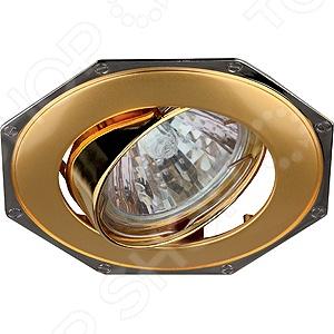 Светильник встраиваемый поворотный Эра KL20 А PG/CHСпоты встраиваемые<br>Светильник встраиваемый поворотный Эра KL20 А PG CH это красивый и мощный светильник, который способен ярко освещать целую комнату. Встраиваемый светильник может служить единственным источником света или дополняться декоративными светильниками. Светильник подходит для низких потолков, поскольку занимает достаточно мало места. Классический светильник, который позволит вам подсветить комнату, или напротив создать рассеянное освещение. Потолочный светильник может выступать как локальным источником света, так и основным, можно осветить рабочую зону или подчеркнуть интерьер. Если вы хотите создать в квартире определенный интерьер, то, в большинстве случаев, без потолочных светильников вам не обойтись. Следует заметить, что потолочные светильники прекрасно подходят для рабочих помещений, кабинетов и офисов. Можно использовать как замену люстр в маленьких помещениях, например, в помещениях где низкие потолки и вешать люстру просто невозможно. Кроме того, потолочные светильники помогут создать неповторимую атмосферу в коридорах. Свет, который излучается очень мягкий, при этом достаточно хорошо освещает помещение.<br>