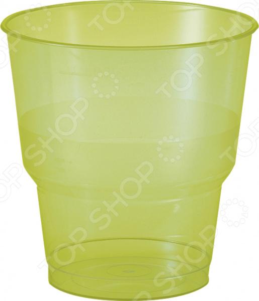 Стаканы пластиковые Duni «Экстра» 160838Праздничная сервировка<br>Стаканы пластиковые Duni Экстра 160838 одноразовые стаканчики для подачи холодных напитков. Яркие и красочные стаканчики станут отличным дополнением праздничного оформления помещения, помогут украсить стол и создадут атмосферу настоящего торжества. В отличие от традиционного застолья, детский праздник это в первую очередь праздничная: ярко и красочно украшенное помещение, красиво сервированный стол с оригинальной посудой, пригласительные, плакаты и флажки. Все это подарит имениннику и его гостям отличное настроение. В набор входят 10 пластиковых стаканчиков. Объем одного стакана 250 мл.<br>