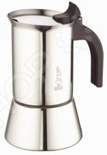 Кофеварка гейзерная Bialetti VenusКофеварки. Кофемолки. Турки<br>Кофеварка гейзерная Bialetti Venus для приготовления настоящего кофе. Пользуются большой популярностью благодаря изысканному аромату. Кофе получается крепкий и насыщенный. Кофеварка изготовлена из прочной нержавеющей стали, этот материал долговечен и надежен, препятствует появлению коррозии и легко очищается. При этом он достаточно легок и изящен. Ручка и кнопка изготовлены из прочного нейлона. Подходит для индукционных плит.Обладает привлекательным дизайном и поразительной индивидуальностью. Насладитесь чашечкой любимого ароматного напитка дома или на работе.<br>