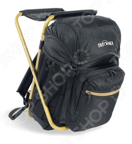 Стул-рюкзак для рыбалки Tatonka FischerstuhlСопутствующие товары для рыбалки<br>Стул-рюкзак для рыбалки Tatonka Fischerstuhl представляет собой рюкзак, взяв с собой который вам удастся компактно и рационально расположить всё самое необходимое в туристическом походе, рыбалке, охоте или другом виде отдыха на природе. Изготовленный из прочной ткани с влагостойкой пропиткой рюкзак способен надежно сохранить все его содержимое в целости и сохранности. Лямки имеют специально продуманную, точно рассчитанную форму, предотвращающую соскальзывание и обеспечивают фиксацию, а так же правильное расположение на спине. Кроме того объем, составляющий 20 литров позволяет брать с собой все самое необходимое. Позаботьтесь о том, чтобы ваш походный инвентарь был высокого качества и каждый поход на природу станет настоящим приключением, со множеством событий, оставляющих в памяти неизгладимый след. Отличительной особенностью данного рюкзака является входящий в комплект раскладной стул, который одновременно является и каркасом.<br>