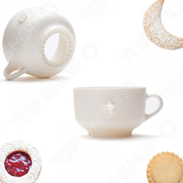 Форма для печенья Monkey Business Cookie cup станет отличным дополнением к вашему набору кухонных принадлежностей. Всего одна форма в виде чашки поможет приготовить несколько видов, разных по размеру: большие круглые, маленькие печеньки, в виде полумесяца и с узором из звезд или точек. Изделия предназначены для приготовления печенья из самого разнообразного теста: песочного, сдобного, бисквитного и т.д.