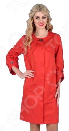 Плащ D`imma «Асселина». Цвет: красныйВерхняя одежда<br>Плащ D imma Асселина прекрасный вариант для осенне-весеннего сезона. Невероятно стильный плащ подчеркнет женственность вашего образа. Можно отметить следующие особенности этого изделия:  Широкие укороченные рукава, собранные на манжет оригинальной формы.  Отличительными элементами плаща являются скрытая широким клапаном застежка.  Аккуратная круглая горловина без воротника, подчеркивающая линию шеи.  Рукав вшивной. Ткань очень удобная и подойдёт даже для дождливой погоды верх:78 полиэстер, 22 нейлон; подкладка: 50 полиэфир, 50 полиэстер . Уникальная модель, которую можно приобрести только на нашем телеканале!<br>