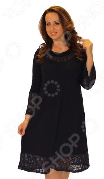 Платье Матекс «Свидание». Цвет: синийПовседневные платья<br>Платье Матекс Свидание это легкое платье, которое поможет вам создавать невероятные образы, всегда оставаясь женственной и утонченной. Благодаря полуприталенному силуэту оно скроет недостатки фигуры и подчеркнет достоинства. В этом платье вы будете чувствовать себя блистательно как на работе, так и на вечерней прогулке по городу.  Универсальная длина чуть ниже колена и слегка завышенная талия скрывают недостатки и подчеркивают достоинства, поэтому платье подходит женщинам с любой фигурой.  Платье идеально для торжественного вечера, но будет также хорошо смотреться в офисе или во время летней прогулки.  Благодаря кружевным вставкам на горловине и внизу, платье производит эффект 2 в 1 и создает интересный образ даже без использования дополнительных аксессуаров.  Круглый вырез горловины визуально удлиняет шею. Рукава немного расклешенные декорированы кружевом подходят для любой ширины рук, поэтому не только служат украшением, но и обеспечивают комфорт в течение всего дня. Платье сделано из мягкой ткани масло 95 вискоза, 5 полиэстер и гипюра 100 полиэстер . Благодаря вискозе кожа дышит, полиэстер, не дает изделию скатываться и терять свой внешний вид после стирок и ношения.<br>
