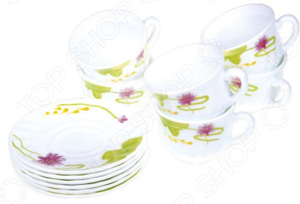 Набор чайных пар Miolla «Полина»Чайные и кофейные наборы<br>Набор чайных пар Miolla Полина станет незаменимым элементом среди коллекции вашей посуды. Ежедневное чаепитие в компании семьи или друзей ни с чем не сравнить. Все собираются в уютной атмосфере за одним столом и наслаждаются общением, делятся своими впечатлениями о прошедшем дне. И тут не обойтись без красивой посуды, из который приятно выпить ароматного чаю.   На изящные чашки и блюдца нанесен нежный рисунок, способный внести яркий штрих в сервировку и праздничного, и повседневного стола.  Набор включает 6 чашек по 250 мл и 6 блюдец диаметром 14 см.  Российский бренд. Посуда выполнена в соответствии с современными гигиеническими и технологическими стандартами.  Чайная пара представлена в красивой упаковке, поэтому набор можно легко подарить дорогому человеку в честь знаменательного события. Посуда выполнена из стеклокерамики. Материал отличается своей прочностью и простотой в уходе, легко моется в теплой воде с моющим средством или в посудомоечной машине. Стеклокерамические чашки и блюдца будут радовать своим видом долгие годы.<br>