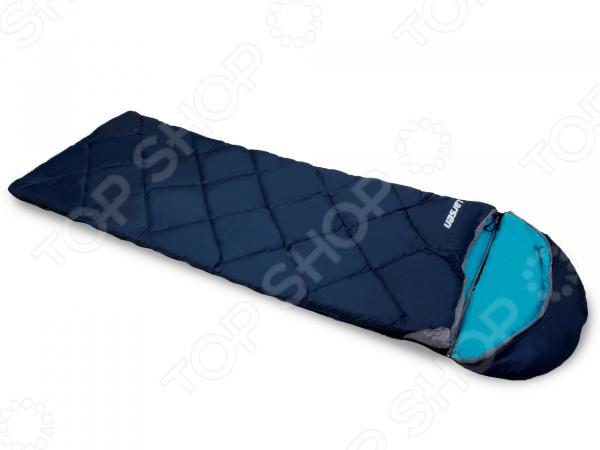 Спальный мешок Larsen 350RСпальные мешки<br>Спальный мешок Larsen 350R это прекрасный выбор для любителей туризма, кемпинга и отдыха на природе. Он станет отличным дополнением к набору ваших туристических принадлежностей и поможет сделать отдых максимально комфортным. Чехол мешка выполнен из высокопрочного полиэстера. В качестве наполнителя используется холлофайбер, среди основных преимуществ которого можно отметить то, что он обеспечивает хорошую теплоизоляцию, не деформируется и не впитывает неприятные запахи. Спальный мешок дополнительно снабжен замком для присоединения другого спальника.<br>