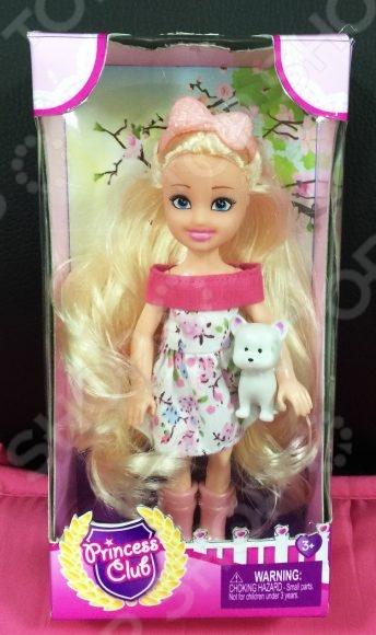 Кукла с питомцем Shantou Gepai Princess Club KW20893-2Куклы<br>Кукла с питомцем Shantou Gepai Princess Club KW20893-2 это шикарная кукла, которая непременно понравится девочкам. Кукла одета в милое летнее платье с розовым воротником. У принцессы длинные волосы, на голове розовый бант. В набор также входит питомец-щенок для того, чтобы кукла не скучала одна. Игрушка предназначена для сюжетно-ролевых игр, ведь игры с куклами благоприятно влияют на социализацию и полноценное формирование психики ребенка. Все элементы набора выполнены из нетоксичных материалов, поэтому полностью безопасны для ребенка.<br>