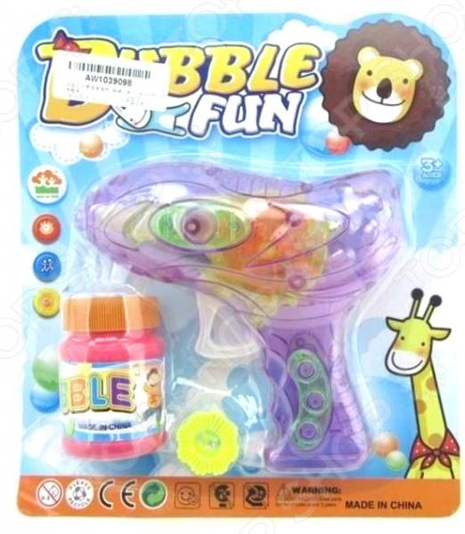 Набор для пускания мыльных пузырей 1719338Мыльные пузыри<br>Набор для пускания мыльных пузырей 1719338 станет отличным подарком для вашего любимого чада. Летящие по воздуху и переливающиеся всеми цветами радуги шарики подарят малышу море позитива и положительных эмоций. В игровой набор входит флакончик с мыльным раствором 50 мл и пистолет для пускания мыльных пузырей. Предназначено для детей в возрасте от 3-х лет.<br>