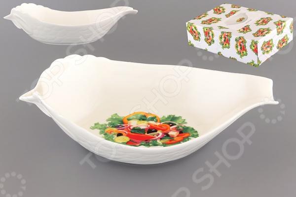 Салатник Elan Gallery «Ассорти»Салатницы<br>Салатник Elan Gallery Ассорти красочная посуда, которая внесет разнообразие в сервировку кухонных принадлежностей. Приготовление пищи в салатнице становиться более приятным и легким процессом, так как в ней удобно перемешивать продукты и легко мыть. Материал абсолютно безопасен и не вступает в реакцию с продуктами, а так же не влияет на запах и вкус готового изделия.<br>