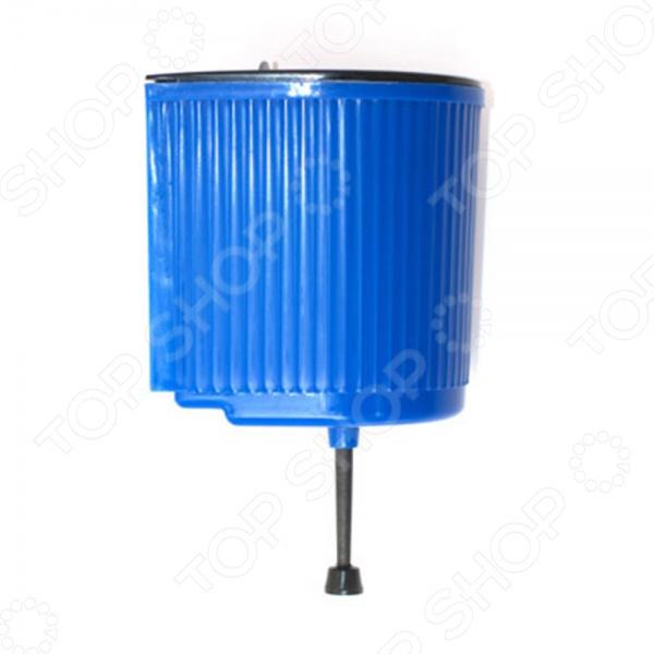 Товар продается в ассортименте. Цвет товара при комплектации заказа зависит от наличия товарного ассортимента на складе. Зачастую, дачные и загородные дома не имеют подключения к центральной системе водоснабжения. Самым простым и не затратным решением в данном случае будет приобретение дачного умывальника. Рукомойник Полипласт 67561 представляет собой умывальник наливного типа. Он выполнен в виде резервуара с водогоном и крышкой для наливания воды. Модель изготовлена из высокопрочного пластика. Объем рукомойника составляет 5 литров.