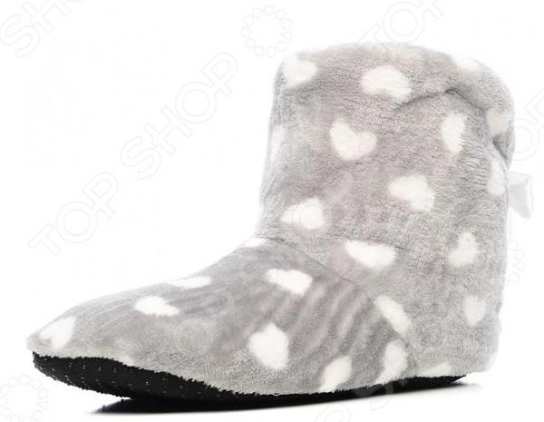 Тапочки домашние высокие Burlesco H26. Цвет: серый, белыйЖенская домашняя обувь<br>Тапочки домашние высокие Burlesco H26 это уютная, стильная и комфортная обувь для дома. В такой обуви вы сможете быть элегантной и изящной даже в домашних условиях. Настоящая женщина всегда и везде должна быть на высоте. Именно поэтому такие тапочки это отличный выбор для того, чтобы завершить ваш стильный домашний образ. Эти очаровательные высокие тапочки подойдут как юной девушке, так и зрелой женщине.<br>