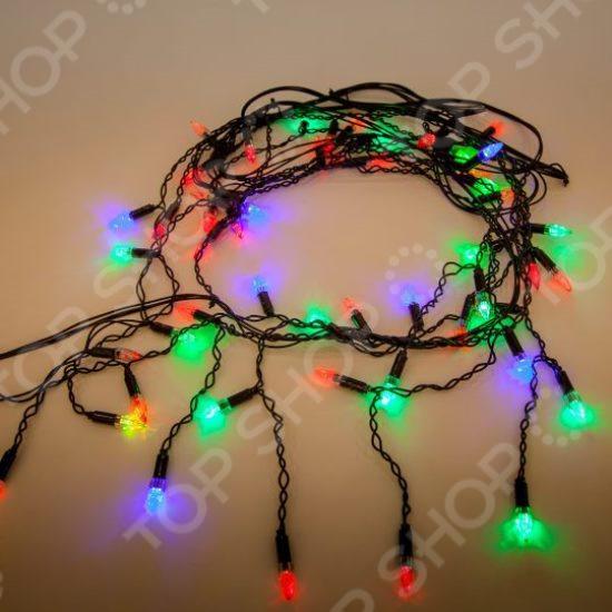 Гирлянда электрическая Новогодняя сказка «Свечи» 971035Гирлянды<br>Зимние праздники - самые любимые и долгожданные и это не удивительно, ведь Рождество и Новый Год - это всегда ожидание чего-то невероятного, сказочного и волшебного и для того, что бы это волшебство не рассеялось в ежедневных заботах и хлопотах стоит уделить особое внимание украшению интерьера. Дополните традиционную ёлку рождественскими композициями, венками, свечами, гирляндами и конечно не забудьте о праздничном декорировании фасада дома. Гирлянда электрическая Новогодняя сказка Свечи 971035 - оригинальное рождественское декоративное украшение, которое в сочетании с елкой довершит чудесное преобразование интерьера перед праздником. Гирляндой можно украсить окна или большую ель, окутав ее лампочками. В вечернее и ночное время гирлянда будет светить приятным светом, наполняя помещение праздничным мерцанием. Пусть ваш дом засияет праздничными огнями и заиграет яркими красками и тогда грядущий год непременно принесет в вашу семью счастье и радость.<br>