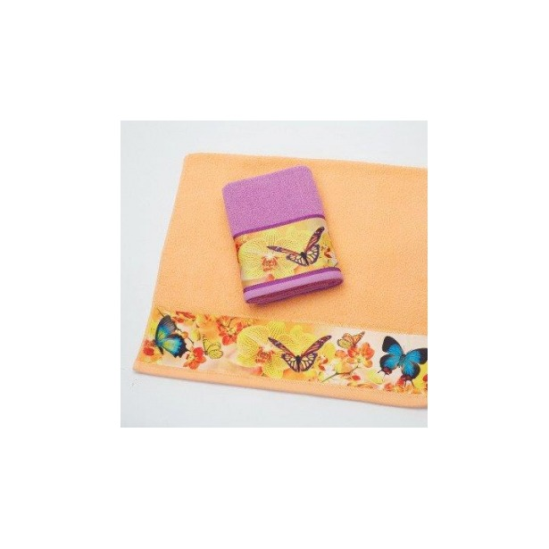 фото Полотенце махровое Романтика Порхание бабочек. Размер: 35х70 см. Цвет: абрикосовый