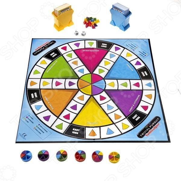 Игра-викторина настольная Hasbro Тривиал Персьюит. Семейная увлекательная игра для всей семьи. Цель игры состоит в том, чтобы правильно отвечать на вопросы и получать за это разноцветные дольки. Тот игрок, который быстрее всех соберет все необходимые дольки становится победителем. В такую игру можно будет сыгарть друг против друга или в большой компании. Включает в себя 2400 вопросов взрослым и детям. С таким набором не придется скучать по вечерам, повышая свой уровень эрудиции.