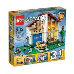 фото Конструктор LEGO Семейный домик
