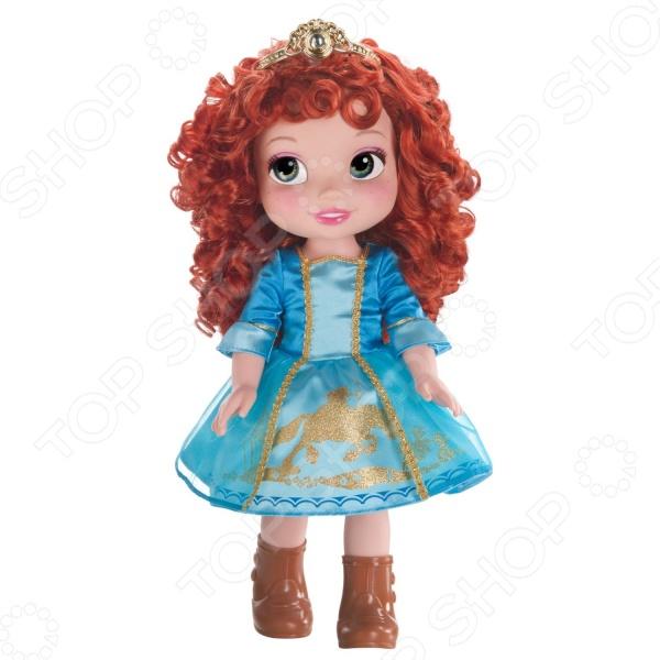 Кукла Disney МеридаКуклы<br>Кукла Disney Мерида понравится любой девочке. Кукла это интересная и полезная игрушка для любой девочки. Такая игрушка оставляет простор для фантазий ребенка, дает возможность самостоятельно придумывать новые игры и с помощью таких игр адаптироваться в реальном мире. Эта кукла надолго станет настоящим другом вашему ребенку. Красавица-принцесса одета очень нарядно. На ней голубое пышное платье, на котом золотым блеском выведен силуэт лучника на коне.<br>