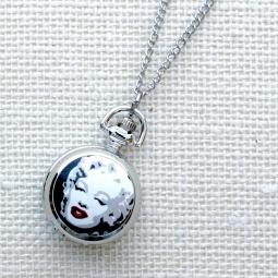Купить Кулон-часы Mitya Veselkov «Монро-алые губы»