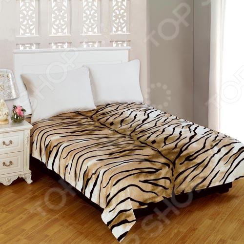 Плед Amore Mio TigerПледы<br>Домашний текстиль уже давно стал необходимым и самым важным элементом домашнего декора. Красивые и элегантные пледы и покрывала не являются исключением. Они позволяют дополнить и украсить домашний интерьер, сделав его более уютным и комфортным для всех обитателей квартиры. Плед Amore Mio Tiger станет великолепным решением для тех, кто стремится создать в своем доме комфортную и уютную атмосферу. Он будет смотреться уместно в любое время года, украшая вашу спальню. Мягкий, теплый и очень уютный плед Amore Mio Tiger приятен к телу, отлично удерживает тепло и не накапливает статическое электричество, поэтому его можно использовать в качестве дополнительного одеяла зимой, или в качестве легкого покрывала летом. За счет того, что плед выполнен из фланели мягкого, экологичного, гипоаллергенного материала, он может использоваться даже в детской комнате. Помимо этого, фланель очень неприхотлива в уходе она легко отстирывается, не линяет и не скатывается после многочисленных стирок, быстро сохнет и практически не мнется. Главной особенностью пледа Amore Mio Tiger является его стильный и модный дизайн, который позволит привнести в ваш домашний интерьер немного цвета и ярких пятен. Животный принт нанесен при помощи уникальной технологии окрашивания, благодаря которой он не будет терять своей четкости и яркости долгое время.<br>