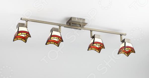 Светильник настенно-потолочный Rivoli Ruggles-W C-4 это светильник, способный служить как дополнительным, так и основным источником света в небольшой комнате . Потолочный светильник подходит для комнаты с низким потолком, поскольку занимает совсем немного места. Дизайн светильника это важный акцент интерьера. Вместе с бра или подсветкой он создает интересный световой ансамбль, преображающий комнату. Два варианта установки: настенное или потолочное.