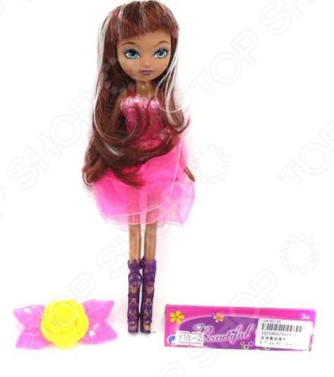 Кукла Shantou Gepai «Задорные девчонки»Куклы<br>Кукла Shantou Gepai Задорные девчонки очаровательная кукла, одетая в роскошное платье. Имеет пышные волосы, с которыми можно будет создать множество интересных причесок. Выполнена из экологически чистых и безопасных материалов. Кукла имеет подвижные конечности, которые позволят сделать игру более реалистичной. Кукла станет прекрасным подарком для девочки, с помощью которой она сможет придумать множество интересных сюжетов и увлекательно провести досуг.<br>