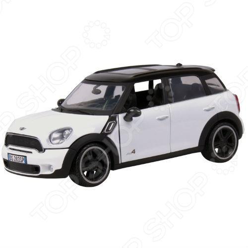 Модель автомобиля 1:24 Motormax Mini Cooper S Countryman. В ассортименте