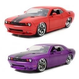 фото Модель автомобиля Jada Toys 2008 dodge Challenger- Rbbon 5 Wheel. В ассортименте