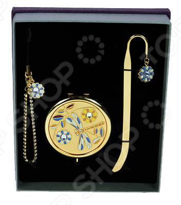 Подарочный набор La Geer 61166Подарки для второй половинки<br>Подарочный набор La Geer 61166 отличный вариант для скромного подарка. Набор состоит из брелка, небольшого зеркала и закладки для книги. Все предметы украшены декоративными элементами. Подойдет для подарка женщине на 8 марта, день рождения или на день влюбленных.<br>