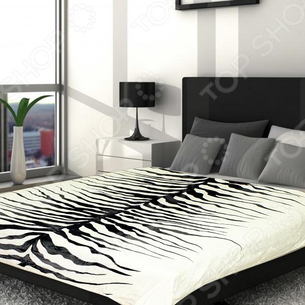 Плед Absolute SetoffПледы<br>Плед Absolute Setoff прекрасно дополнит ваш диван или кровать. Он очень мягкий и приятный на ощупь, поэтому станет хорошей альтернативой легкому одеялу. Плед выполнен из микрофибры, обладающей обширным списком достоинств. Материал практически не мнется, не требует особого ухода, не линяет и не выцветает. При этом ткань не оставляет волокон даже после интенсивного использования. Микрофибра хорошо впитывает влагу, однако жидкость не проникает внутрь волокна. В результате влага не задерживается внутри материала. Плед быстро высыхает после стирки.<br>