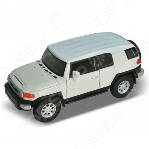 Модель машины 1:34-39 Welly Toyota FJ Cruiser. В ассортиментеМодели авто<br>Модель машины 1:34-39 Welly Toyota FJ Cruiser представляет собой коллекционную модель, являющуюся точной копией настоящего автомобиля. Большая достоверность и похожесть настоящего транспортного средства обеспечивается наличием всех деталей, которые есть в реальной жизни: зеркалами заднего вида, выхлопной трубой, фарами, открывающимися дверями. Она будет прекрасным подарком для вашего малыша, так как это не только игрушка, но и полезная вещь, во время игры с которой у ребенка развивается мелкая моторика рук, воображение и фантазия.<br>