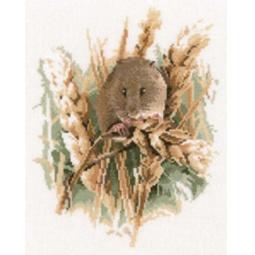 фото Набор для вышивания Heritage «Полевая мышь»