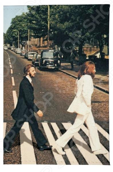 Обложка для автодокументов кожаная Mitya Veselkov «Abbey Road»Обложки для автодокументов<br>Обложка для автодокументов кожаная Mitya Veselkov Abbey Road это оригинальная обложка, которая поможет не только сохранить первоначальный вид документов, но и отметит ваш необычный стиль. Обложка достаточно большая 13,8 см х 9,5 см , она подойдет для правовой вкладки, документов на машину и доверенности. Яркий рисунок долгое время будет радовать вас своими красками, а натуральная кожа не протирается и не рвется. Использование натуральной кожи обеспечивает длительный срок эксплуатации аксессуара. Этот материал устойчив к внешним воздействиям, стойко переносит различные погодные условия. Все швы и соединительные элементы выполнены качественно и надежно. Вы можете использоваться обложку для хранения любых документов подходящего размера. Такая обложка может стать удачным подарком для любого автовладельца!<br>
