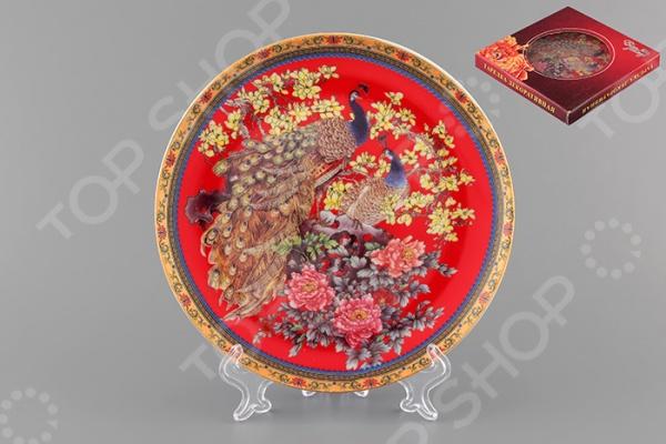 Тарелка декоративная Elan Gallery «Павлин на красном» тарелки декоративные elan gallery тарелка декоративная павлин на красном